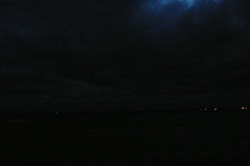 Ночная съемка. Вода и небо